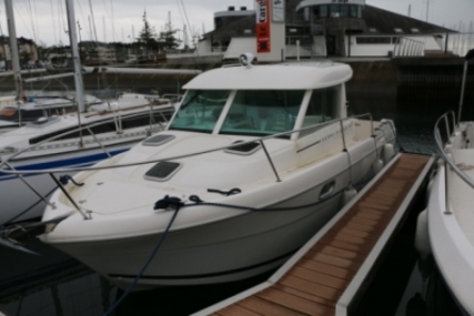 Jeanneau Merry Fisher 695 for sale in France for €33,000 (£29,433)