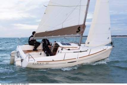 Beneteau First 20 for sale in Italy for €20,000 (£17,836)