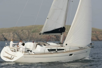 Jeanneau Sun Odyssey 36i for sale in Spain for £49,995