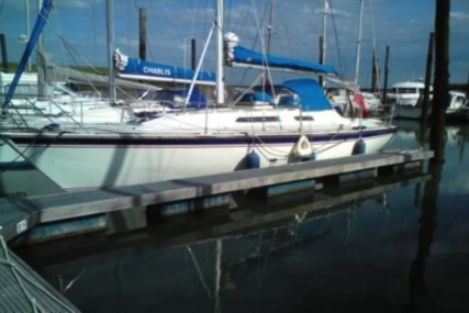 WESTERLY YACHTS WESTERLY 33 STORM for sale in United Kingdom for £38,000