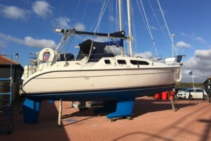 Hunter 290 for sale in United Kingdom for £27,500