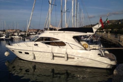 Sealine F42.5 for sale in Greece for £130,000