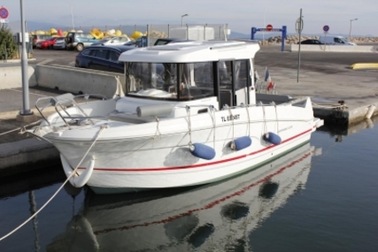 Beneteau Barracuda 7 for sale in France for €39,000 (£34,659)