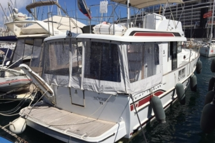Beneteau Swift Trawler 44 for sale in France for €340,000 (£295,912)