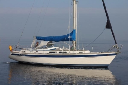 Hallberg-Rassy 36 for sale in Netherlands for €139,000 (£122,357)