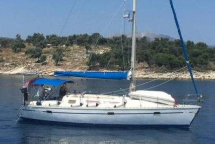 Jeanneau SUN DANCE 36 for sale in Greece for €38,000 (£33,925)