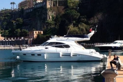 Sealine F42.5 for sale in Greece for €130,000 (£112,871)