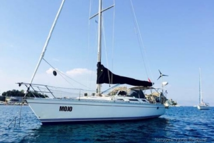 Jeanneau Sun Legende 41 for sale in Greece for €36,500 (£32,550)