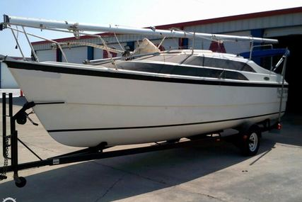Macgregor 26 for sale in United States of America for $26,500 (£19,997)