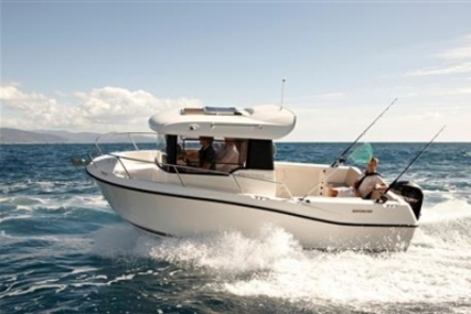 Quicksilver 605 Pilothouse for sale in United Kingdom for £33,450