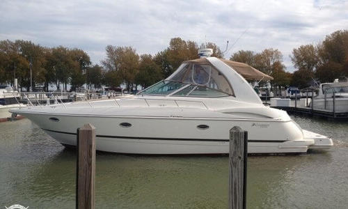 Image of Cruisers Yachts 3672 Express for sale in United States of America for $92,000 (£65,964) Grafton, Ohio, United States of America