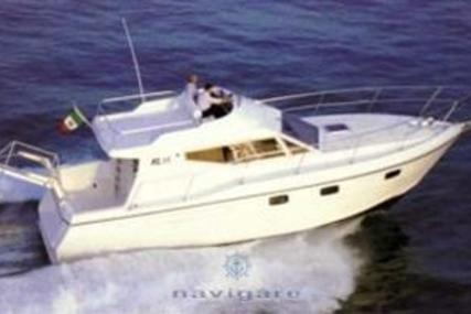 Azimut AZ 35 for sale in Italy for €45,000 (£39,988)