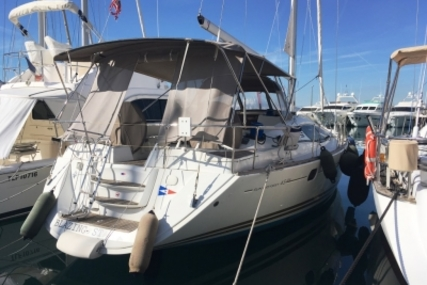 Jeanneau Sun Odyssey 45 DS for sale in France for €155,000 (£138,277)