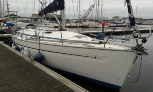 Image of Bavaria 38 for sale in France for €88,000 (£76,970) SAINT MALO, France
