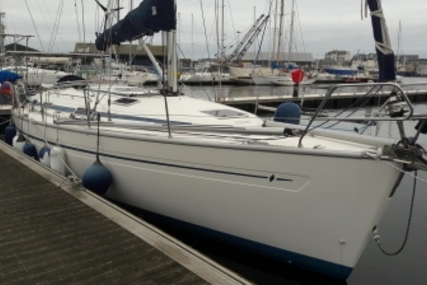 Bavaria 38 for sale in France for €88,000 (£76,937)