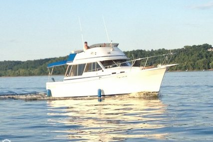 Bayliner 3270 Motor Yacht for sale in United States of America for $13,300 (£9,527)