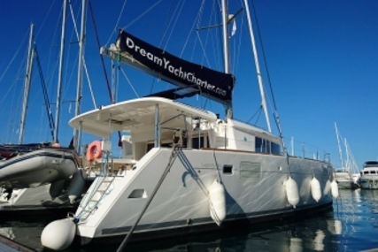 Lagoon 450 for sale in Greece for €360,000 (£321,087)