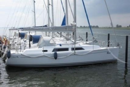 Hanse 325 for sale in Germany for €61,000 (£53,797)
