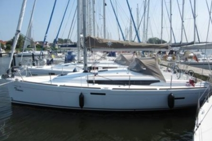 Jeanneau Sun Odyssey 389 for sale in Germany for €133,000 (£116,501)