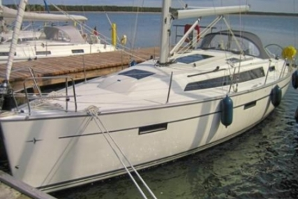 Bavaria 37 Cruiser for sale in Germany for €132,000 (£117,071)