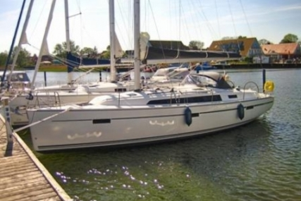 Bavaria 41 Cruiser for sale in Germany for €144,000 (£127,960)