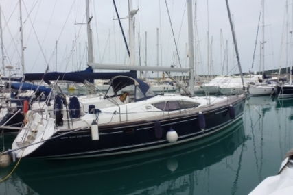 Jeanneau Sun Odyssey 50 DS for sale in France for €185,000 (£163,930)