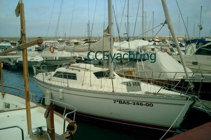Jeanneau Fantasia 27 for sale in Spain for €13,500 (£11,916)