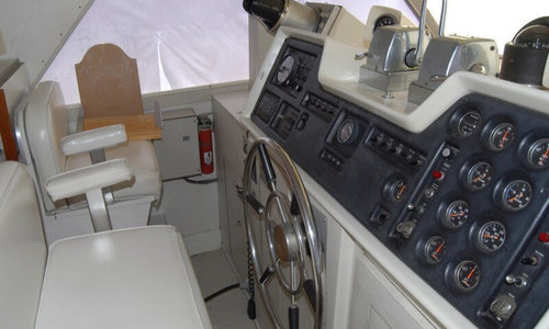 Image of Chris-Craft 470 Commander for sale in United States of America for $99,500 (£75,402) Algonac, Michigan, United States of America