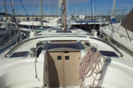 Bavaria 38 for sale in France for €70,000 (£61,435)