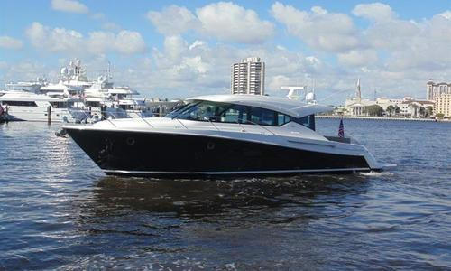Image of Tiara 5000 coupe for sale in United States of America for $985,000 (£709,772) Palm Beach, United States of America