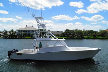 American Custom Yachts Walk Around for sale in United States of America for $649,000 (£508,214)
