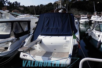 Princess V50 for sale in Italy for €185,500 (£164,254)