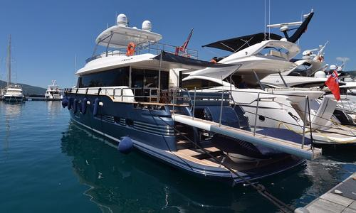 Image of Azimut Magellano 76 for sale in Italy for €2,500,000 (£2,231,645) Italy