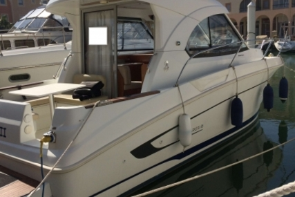 Beneteau Antares 8 for sale in France for €59,500 (£52,324)