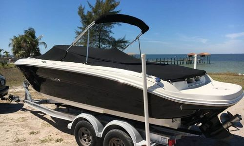 Image of Sea Ray 220 Select for sale in United States of America for $21,000 (£15,589) Riverview, Florida, United States of America