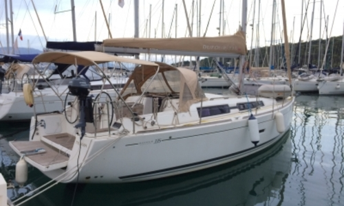 Image of Dufour 335 Grand Large for sale in France for €80,000 (£70,758) SAINT MANDRIER, France