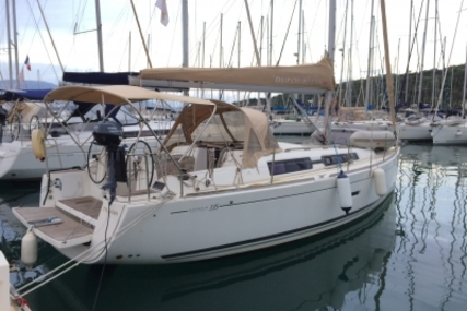 Dufour 335 GRAND LARGE for sale in France for €80,000 (£71,343)