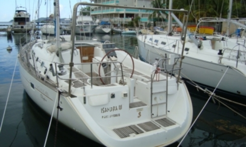 Image of Beneteau Oceanis 423 Shallow Draft for sale in Cuba for €60,000 (£52,435) CIENFUEGOS, Cuba