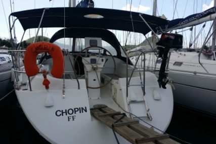 Poncin Yachts Harmony 38 for sale in France for €49,900 (£44,500)