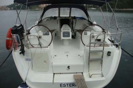 Beneteau Cyclades 43.4 for sale in Greece for €70,000 (£62,380)
