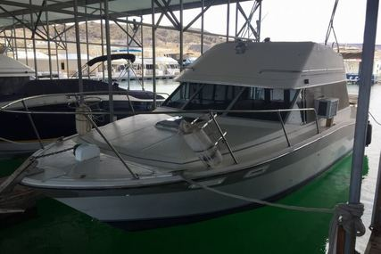 Bayliner 2850 Sedan Bridge for sale in United States of America for $10,000 (£7,585)