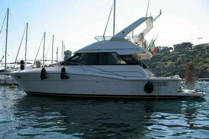Uniesse 40 fly america for sale in Italy for €88,000 (£78,642)