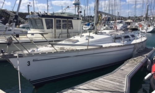 Image of Jeanneau Sun Shine 38 for sale in France for €39,900 (£35,324) SAINT QUAY PORTRIEUX, France