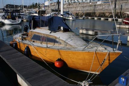 Traditional Alan Pape Bermudan sloop for sale in United Kingdom for £4,000