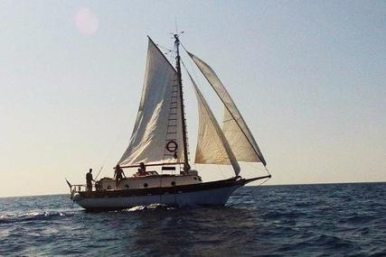 Antique Spray 33 Cutter Yacht. for sale in Italy for €28,995 (£25,820)