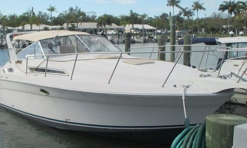 Image of Wellcraft St. Tropez 3200 LXC for sale in United States of America for $24,900 (£17,942) Longboat Key, Florida, United States of America
