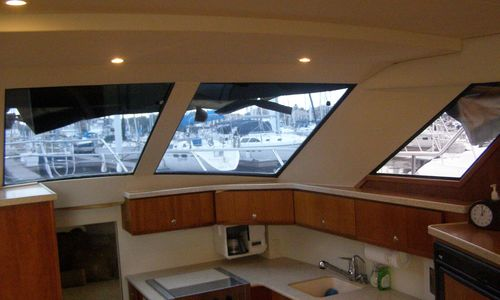 Image of Silverton 392 Motor Yacht for sale in United States of America for $99,900 (£75,039) Kemah / League City, TX, United States of America