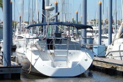 Catalina 350 for sale in United States of America for $103,000 (£78,216)