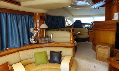Image of Azimut 68 Plus for sale in United Arab Emirates for $900,000 (£668,871) United Arab Emirates