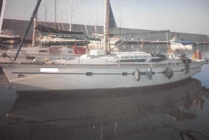 Jeanneau Voyage 12.50 for sale in Spain for €48,000 (£42,701)